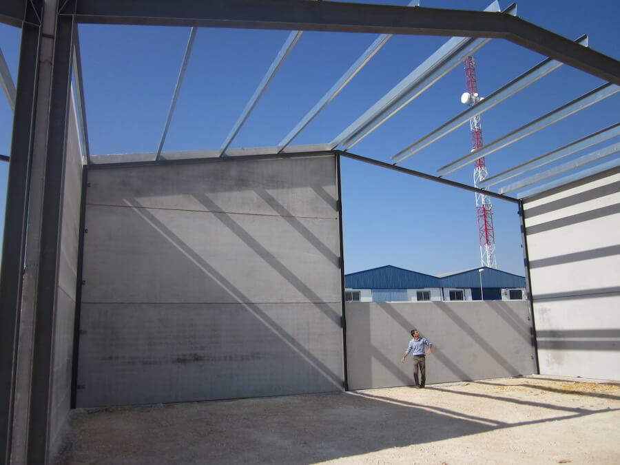 Proyecto de Ejecución de Naves en la Manzana M-17 del Sector S-6 del Polígono Industrial Los Pozos en Arahal (Sevilla)