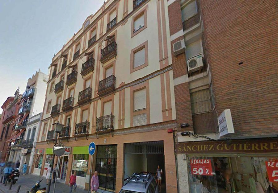 Proyecto de Ejecución de 16 viviendas, local comercial y sótano en c/ San Jacinto nº 55, Sevilla.