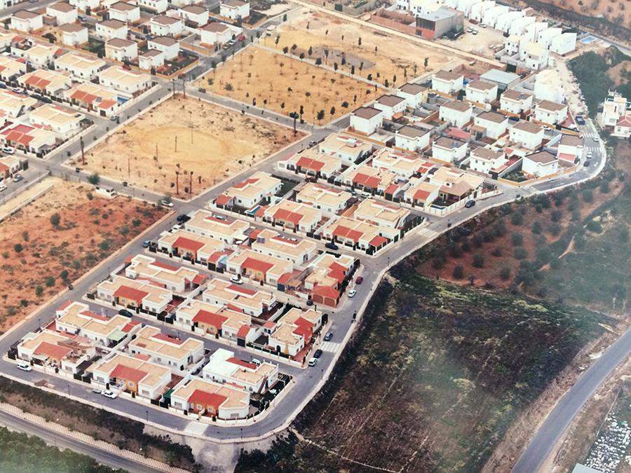 Proyecto Básico y de Ejecución de la 2ª Fase, 50 viviendas unifamiliares pareadas en el Polígono 3, del Plan Parcial La Zahurda, en Albaida del Aljarafe.