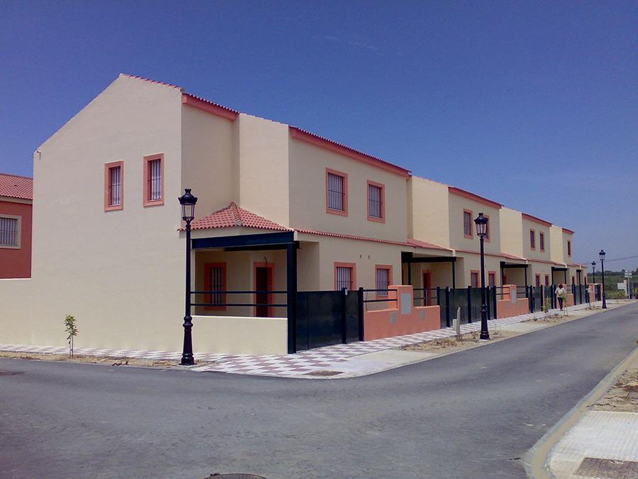 """Proyecto Básico y de Ejecución de 34 viviendas en la Unidad de Ejecución """"D"""" del Plan Parcial """"PP-R1"""" en Villamanrique de la Condesa, Sevilla."""