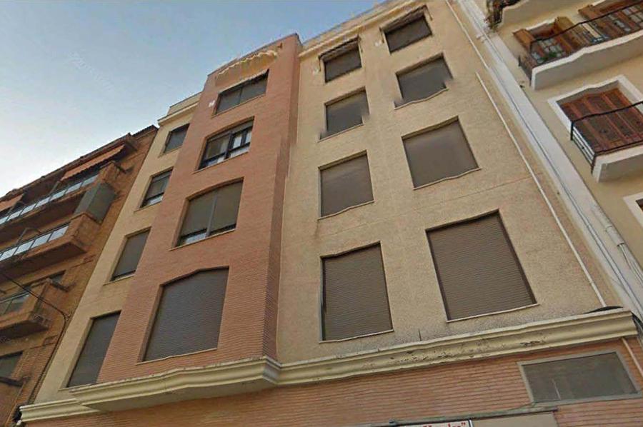Proyecto de Ejecución de 8 viviendas de lujo, local y sótano en c/ Turia nº 35, de Sevilla. Colaborador de la Contrata en la ejecución.