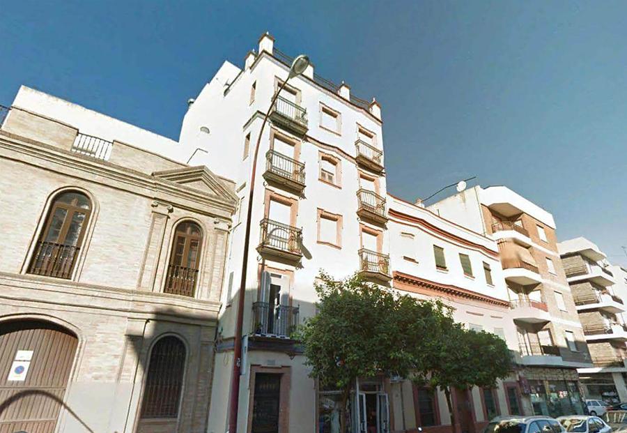 Proyecto de Ejecución de 4 viviendas y local comercial en Sevilla, c/ Pagés del Corro nº 178.