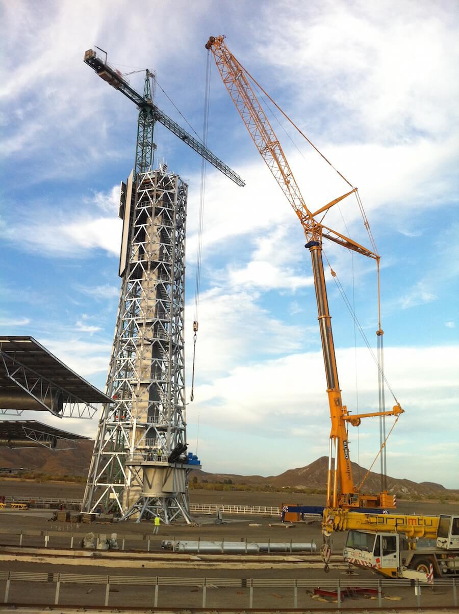 Proyecto de Ejecución de una Central Solar Experimental de Geometría Variable para Ensayos de Sistemas de Receptor Central en el desierto de Tabernas, Almería.